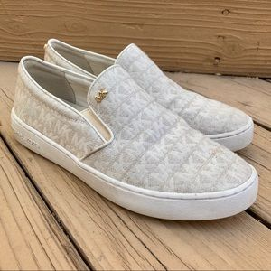 MK Keaton Slip-On Logo Sneakers | White & Gold
